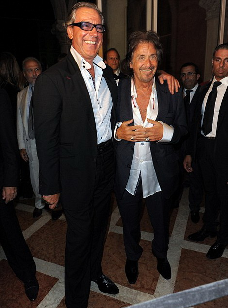 Аль Пачино с итальянским дизайнером Angelo Gallasso на вечеринке в свою честь