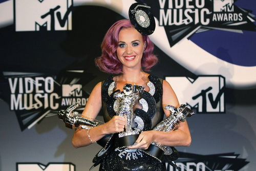 Кэти Перри - победитель MTV VMA 2011
