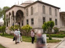 Одно из внутренних строений во дворце Топкапы, Стамбул