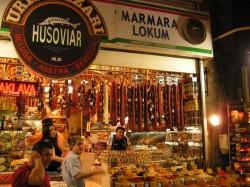 Гастрономическая лавка на Египетском базаре, Стамбул