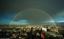Двойная радуга над Лондоном