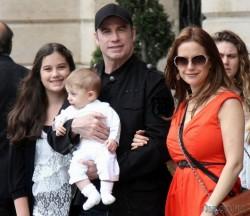 Келли Престон стала мамой в 48 лет