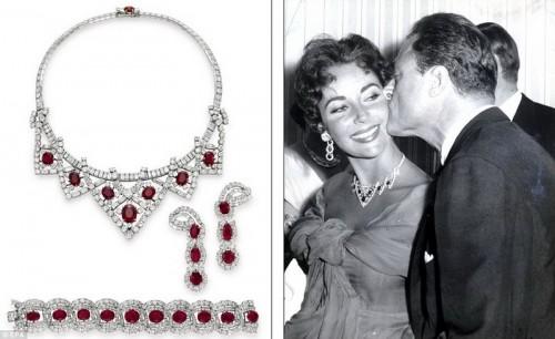 Этот комплект из рубинов и алмазов от Cartier подарил Элизабет третий муж Майкл Тодд (на фото)