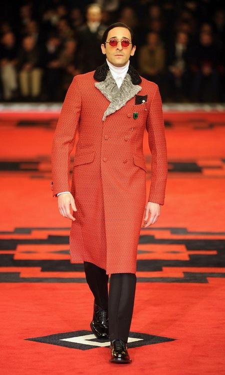 Эдриен Броуди (Adrien Brody) на показе Prada