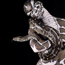 Ani-Human - серия портретов. Человек и питон