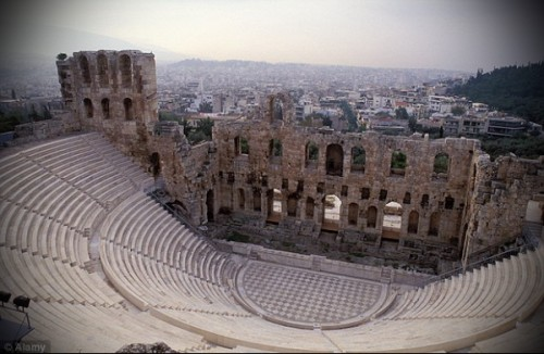 Театр Диониса в Акрополе.