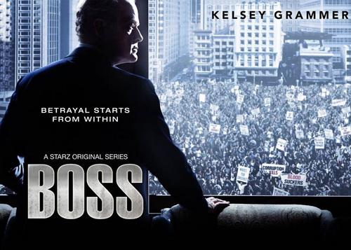 Сериал Босс (Boss). В главной роли Келси Грэммер.