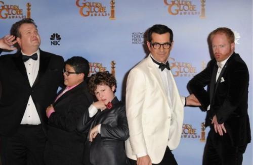 Актеры сериала Американская семейка - парни проказничают! :)