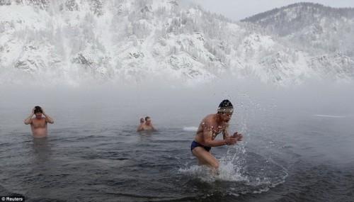 "Красноярск - а сибирским ""моржам"" мороз не страшен!"