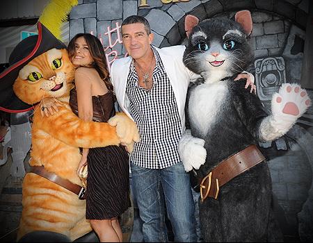 """Сальма Хайек и Антонио Бандерас на премьере """"Кот в сапогах"""""""