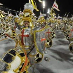 Карнавал в Рио (парад крестоносцев)