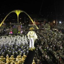 Карнавал в Рио (потрясающая панорама)