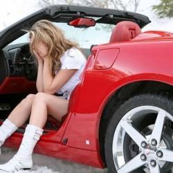 Что делать женщине, у которой не заводится автомобиль?
